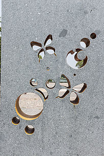 墙壁镂空蝴蝶图案