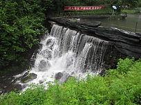 飞流瀑布山水风景图片