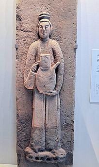 石雕持注子侍女石刻
