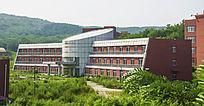 辽宁科技大学教学楼凹曲面建筑