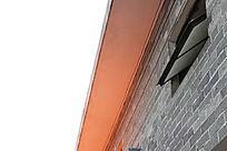 青砖墙一角