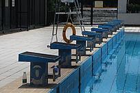游泳池跳台