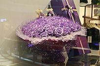 紫玫瑰花束