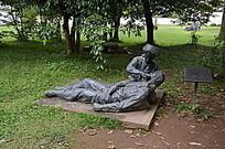 国殇墓园人物雕塑