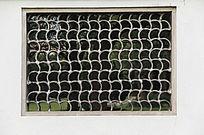 江南园林瓦片窗