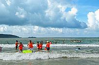 海边游玩风景图片