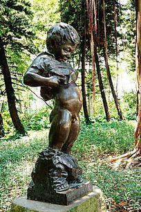 快乐时光人物雕像