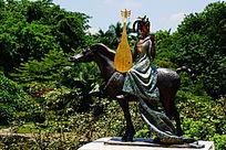 历史人物雕像