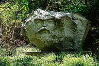 石头人物雕像