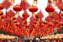 红灯笼和中国结