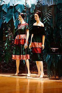 女服装模特展示