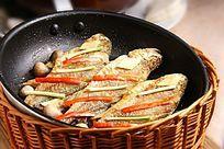 原锅煎小黄鱼
