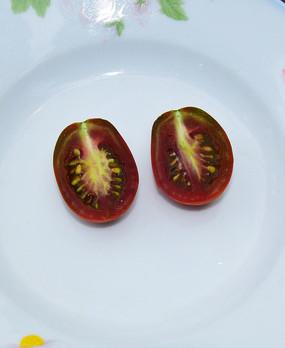 紫红的的番茄