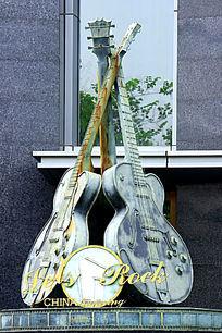 大提琴雕塑
