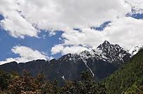 玉龙雪山山峰