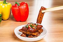 筷夹手磨豆干