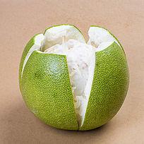 剥皮泰国柚子
