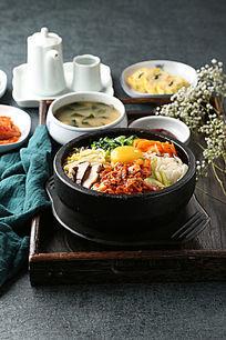 泡菜石锅拌饭
