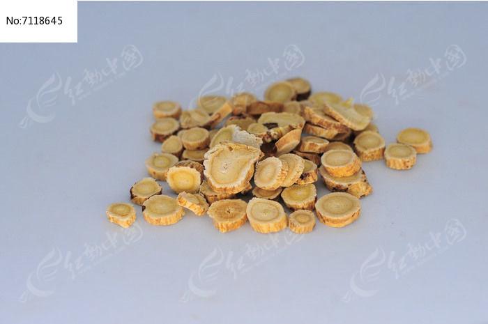 中草药黄芪图片