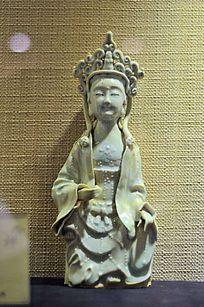 青白瓷观音菩萨坐像