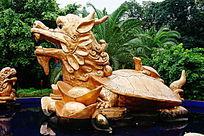 龙头龟雕像