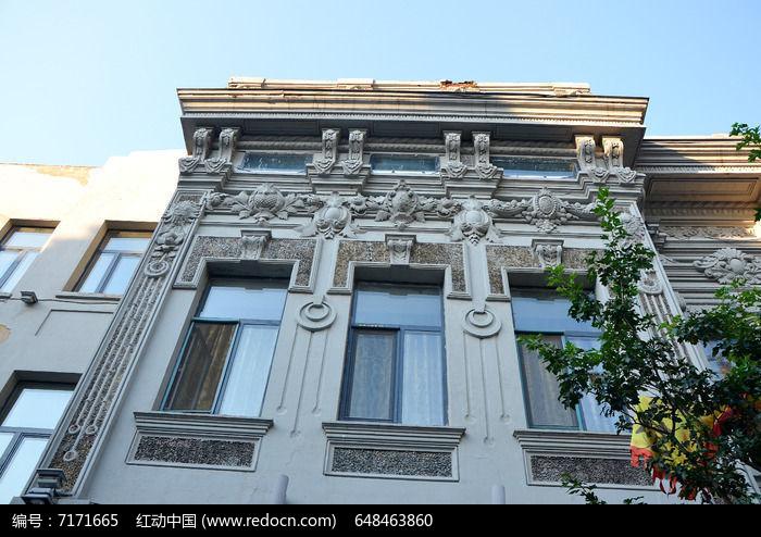 白色中华巴洛克建筑图片
