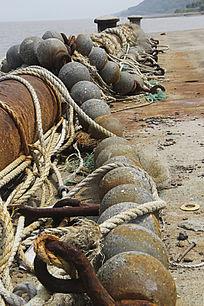 锈迹的渔网石蛋