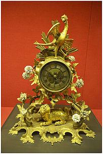 铜镀金瑞兽三星钟
