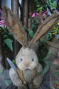 草编小兔子