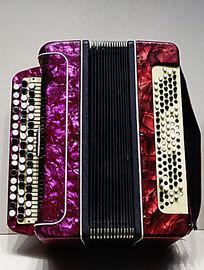 俄式乐器扣子琴