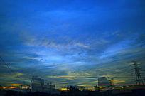 金色的彩霞蓝天自然风景图片