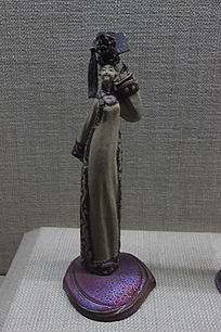 民族单人舞系列瓷雕