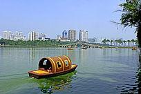 南湖小游船