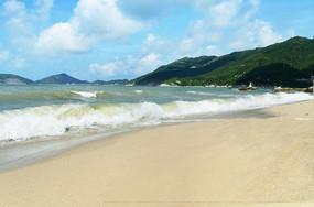 壮观海浪沙滩风景图片