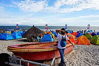 海边沙滩渔船