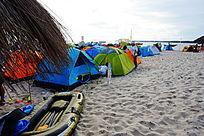 沙滩帐篷风景