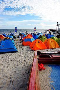沙滩帐篷露营