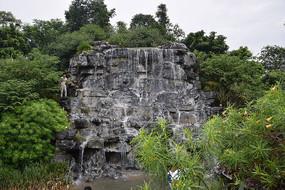 公园瀑布风景图片