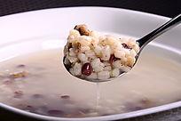 薏米红豆汤