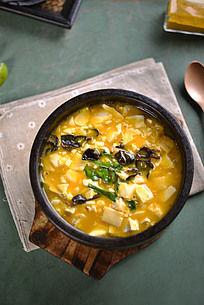 韭菜石锅豆腐