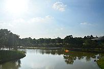 湖泊倒影风景图片