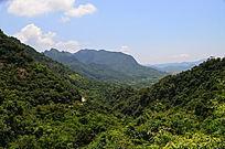 连绵的山峰山脉风景