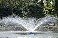 橘子洲头喷泉喷水瞬间细节图