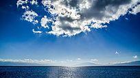 高山湖的圣光