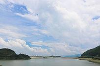 黑麋峰上的水坝