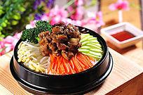 黑椒鸡肉石锅饭