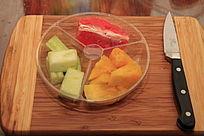 菠萝香瓜红柚