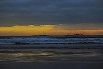 海上日出东边