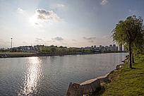 河边的江南城