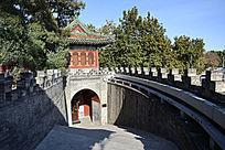 北海团城城门